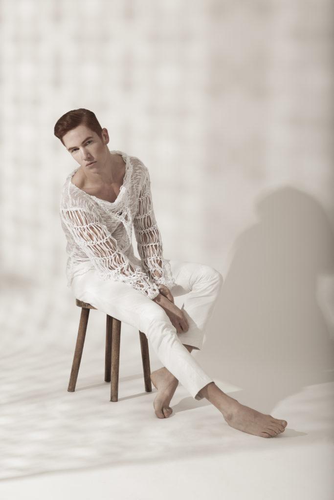 LaDanse_AYNURPEKTAS_Pullover_Strick_weiss_Hose_Fashion_web_5.jpg
