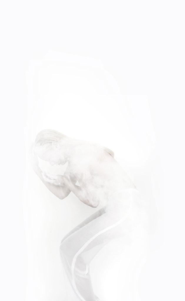 Cocoon_AYNURPEKTAS_Hose_weiss_transparent_web_11